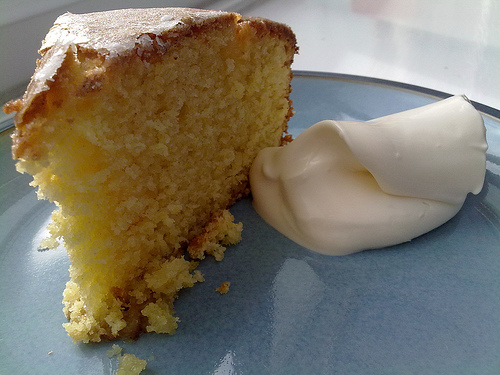 Lemon & Almond Cake