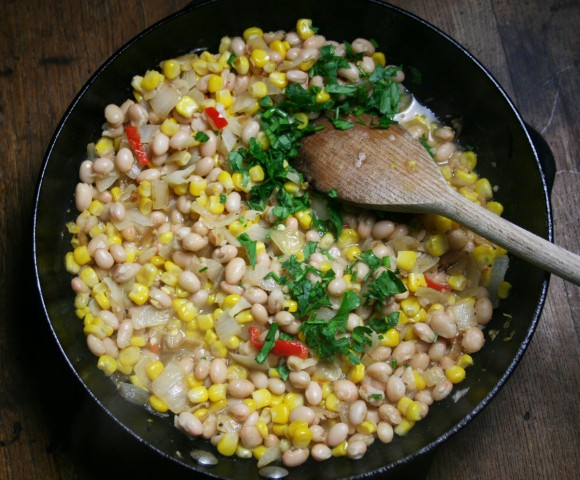 Haricot, Corn & Chilli