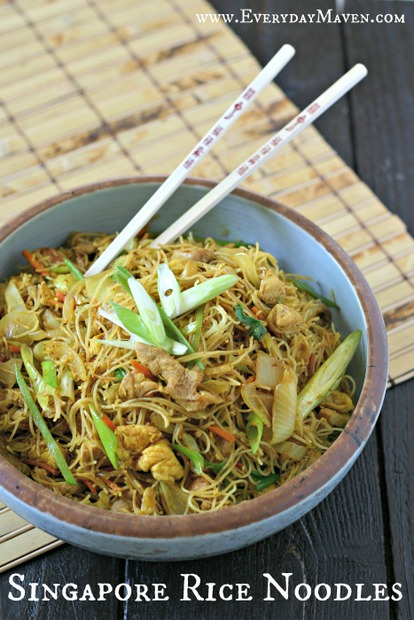 Singapore Rice Noodles with Chicken